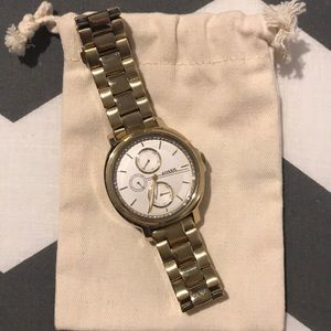 Gold Fossil watch